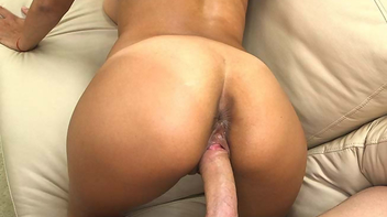 Sexo porno com latina gostosa fodendo toda puta