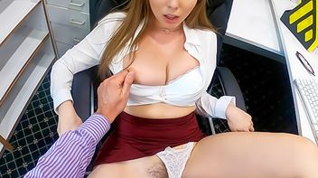 Secretária fazendo sexo com seu chefe safadão