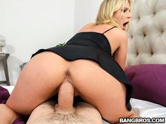 Sexo com a madrasta gostosona