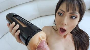 Masturbando o padrasto dotado