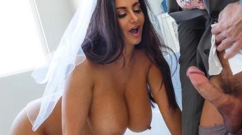 Noiva fodendo com padrinho antes do casamento